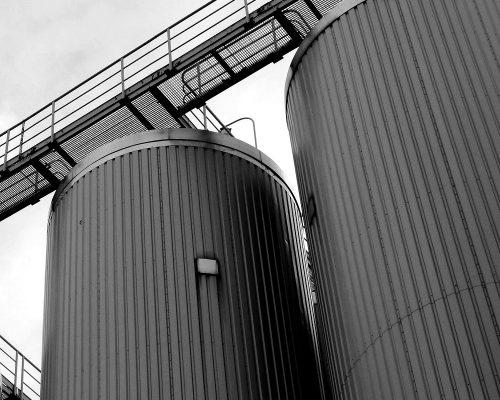 brewery-377023_1920bw